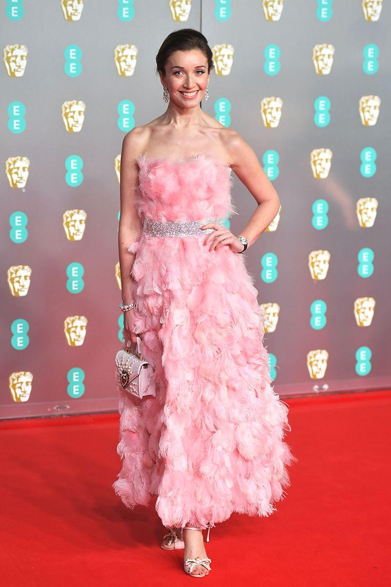 Carla Paoli ruhája  jól menne a flamingószínű hajamhoz!