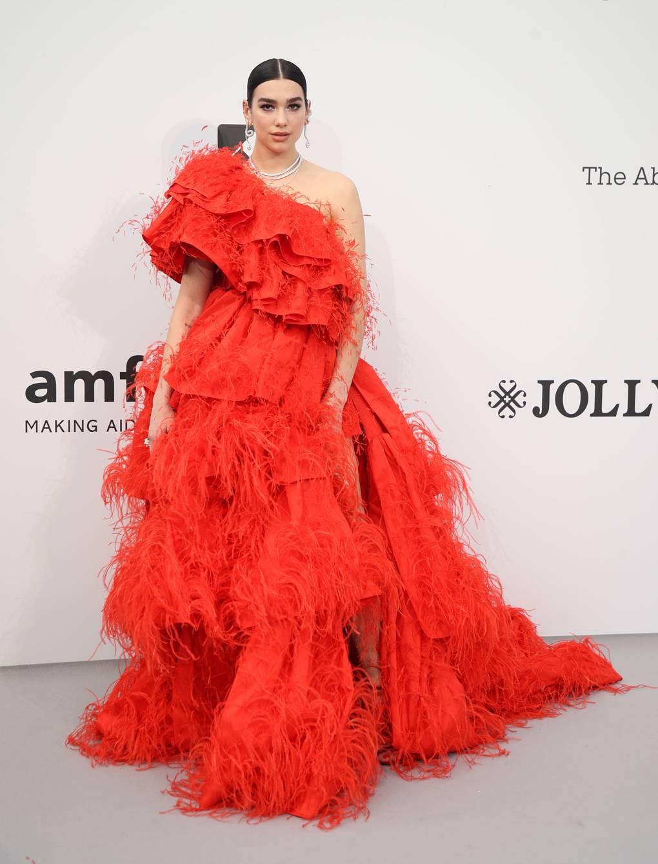 Dua Lipa - Valentino Haute Couture