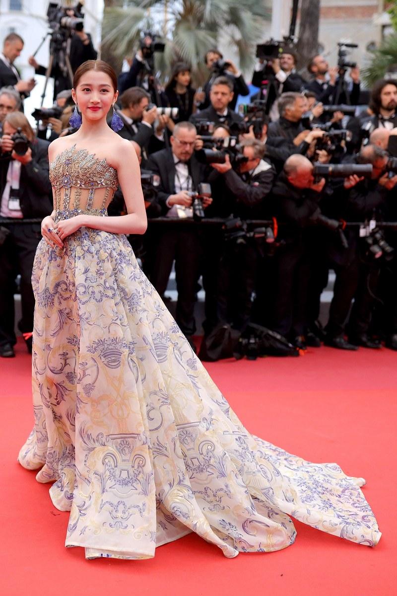 Guan Xiao Tong - Atelier Versace