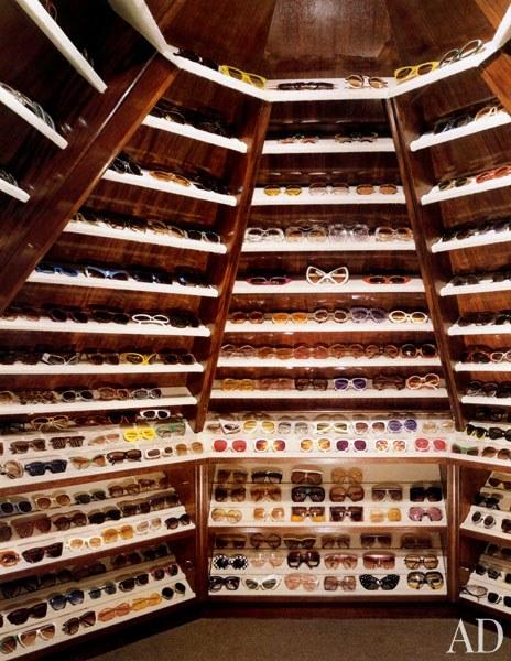 Elton John szemüveggyűjteménye legalább olyan izgalmas, mint a ruhatára
