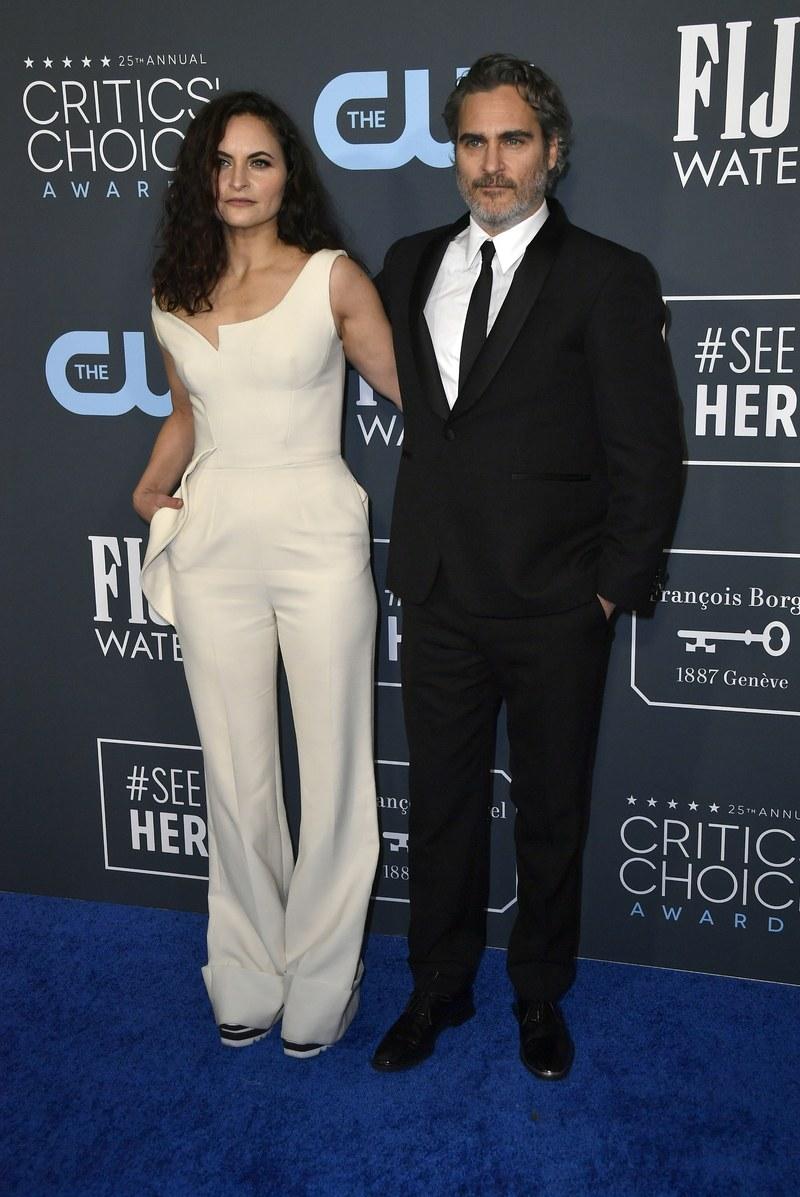 Joaquin Phoenix (és testvére, Rain) - Stella McCartney - Getty Images
