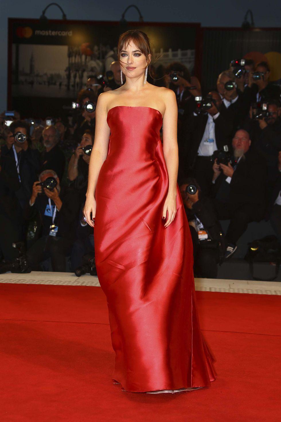 A 2018-as Velencei Filmfesztiválon Christian Dior Haute Couture estélyiben hódított