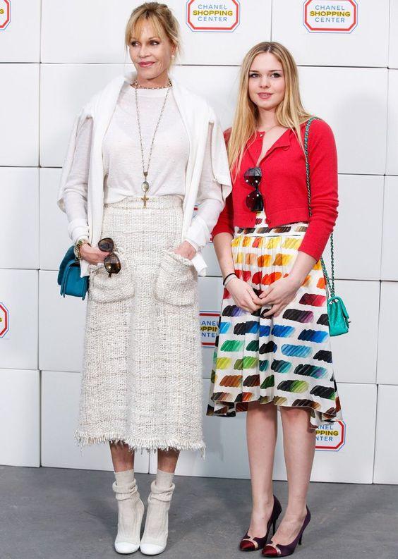 Melanie és másik lánya, Stella Banderas 2014-ben, a Chanel bemutatóján