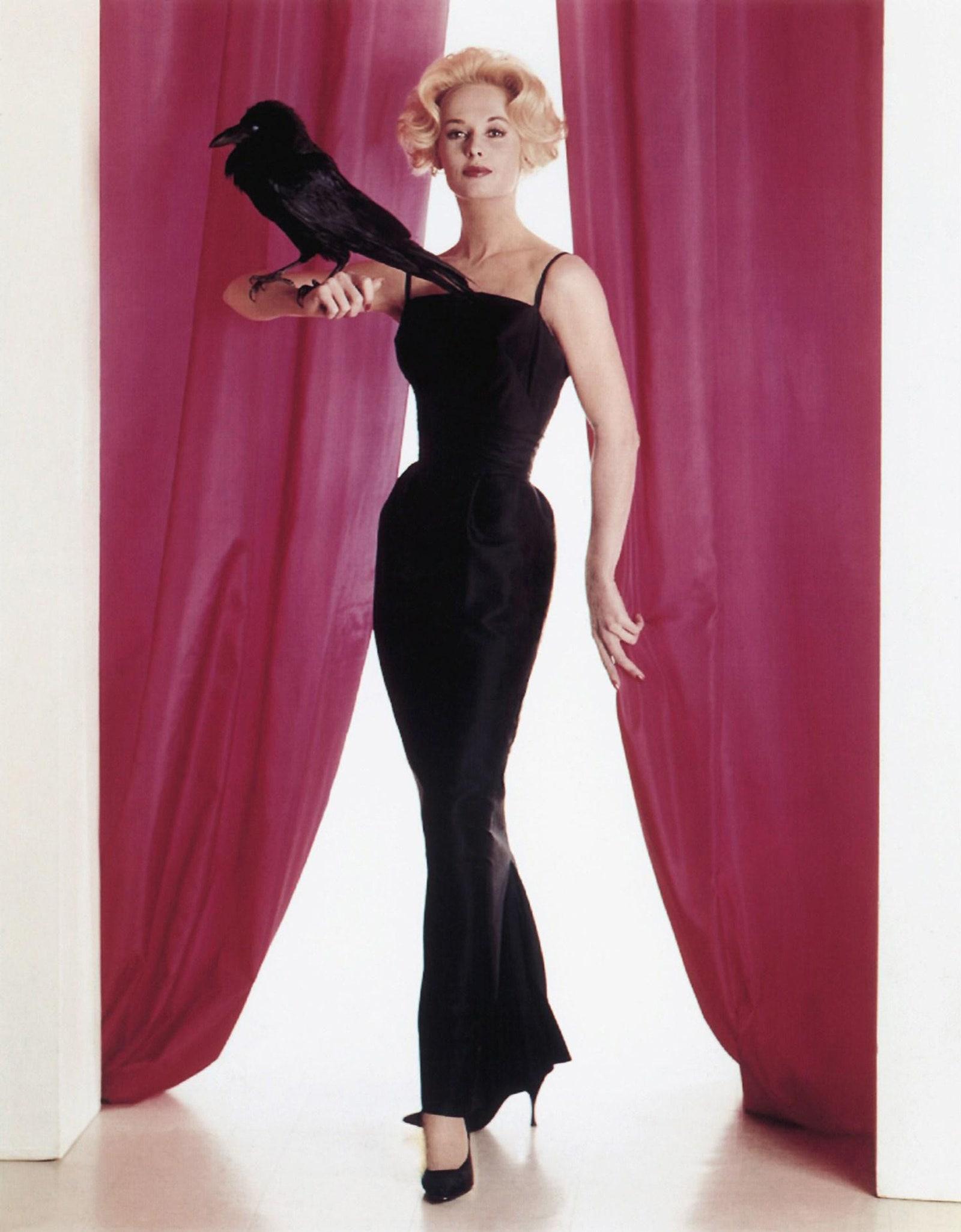 Tippi állítása szerint a merevítőkkel készült Edith Head estélyi ruha nagyon kényelmes volt - Fotó: Alamy