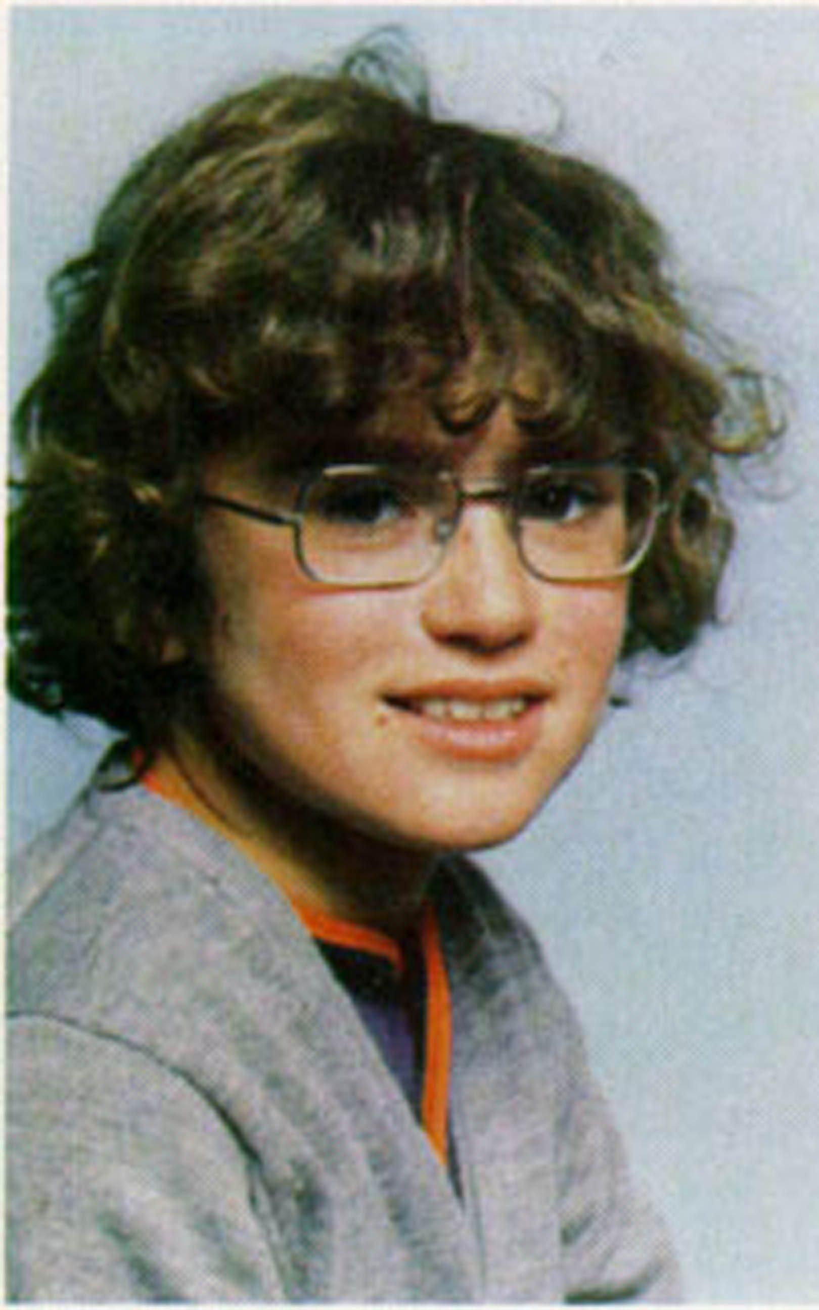Akit tuti nem ismertek fel: George Michael szemüveges tiniként