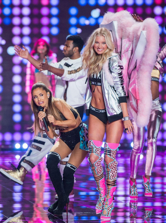 Rettegés a Victoria's Secret bemutatón Ariana Grandéval a főszerepben