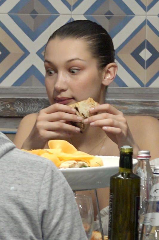 A szupermodell, Bella Hadid meglátta a kalóriatáblázatot