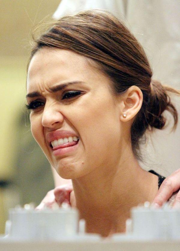 Jessica Alba és a 'jajj ne mááár' arca