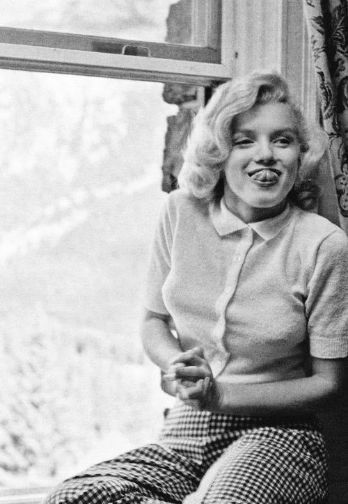 Marilyn mókázik