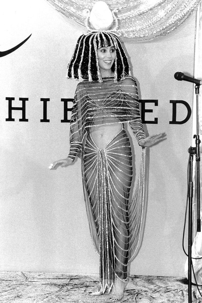Cher Kleopátraként