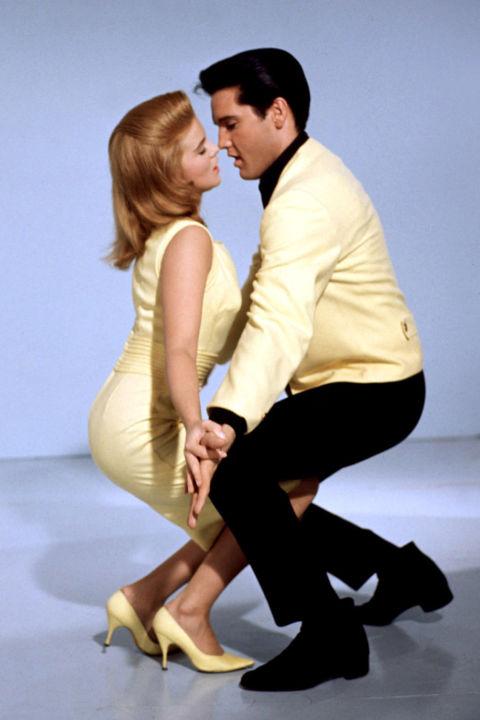Ann Margret épp Elvist csábította ebben a sárga pumps-ban
