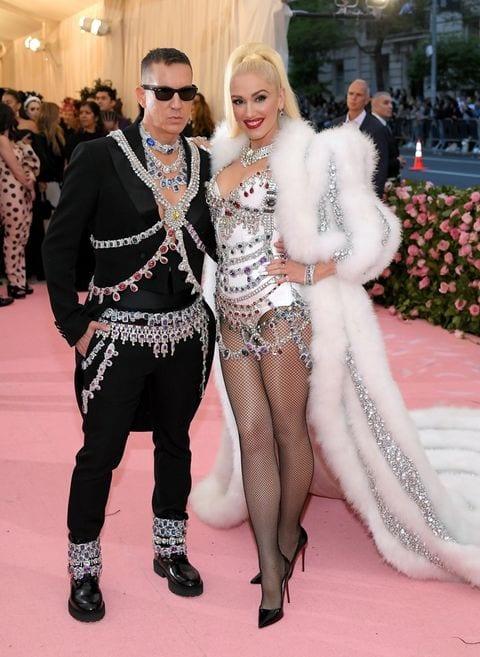 Jeremy Scott és Gwen Stefani (Moschinoban)