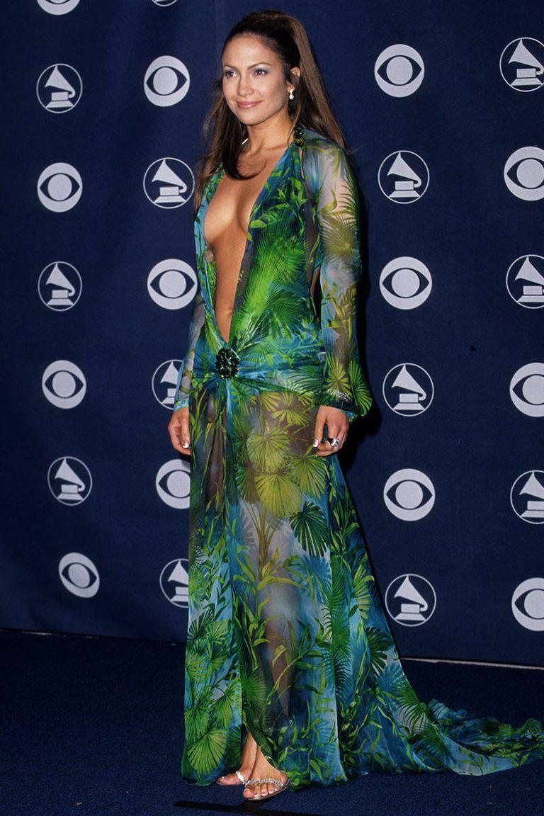 Az azóta is etalon Versace ruha a 2000-es Grammy-díjátadón