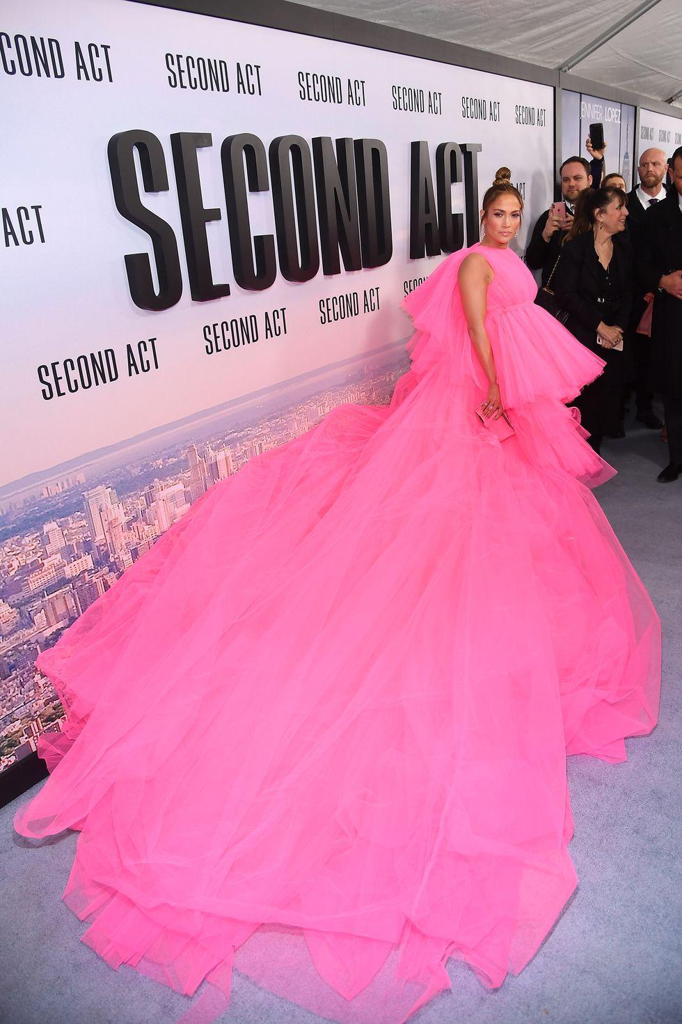És erre a pink Giambattista Valli estélyire emlékeztek?