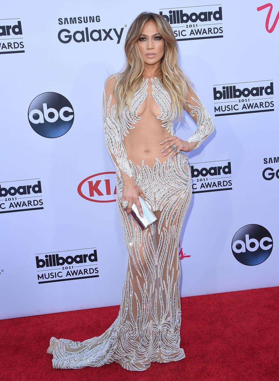 Igazi dívaként vonult be a 2015-ös Billboard Music Awards-ra