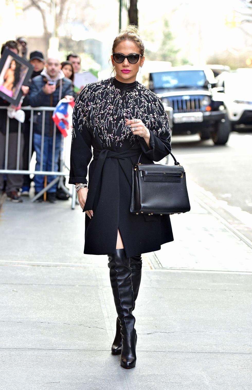 JLo megérkezik az ABC csatorna 'The View' műsorába, New Yorkban