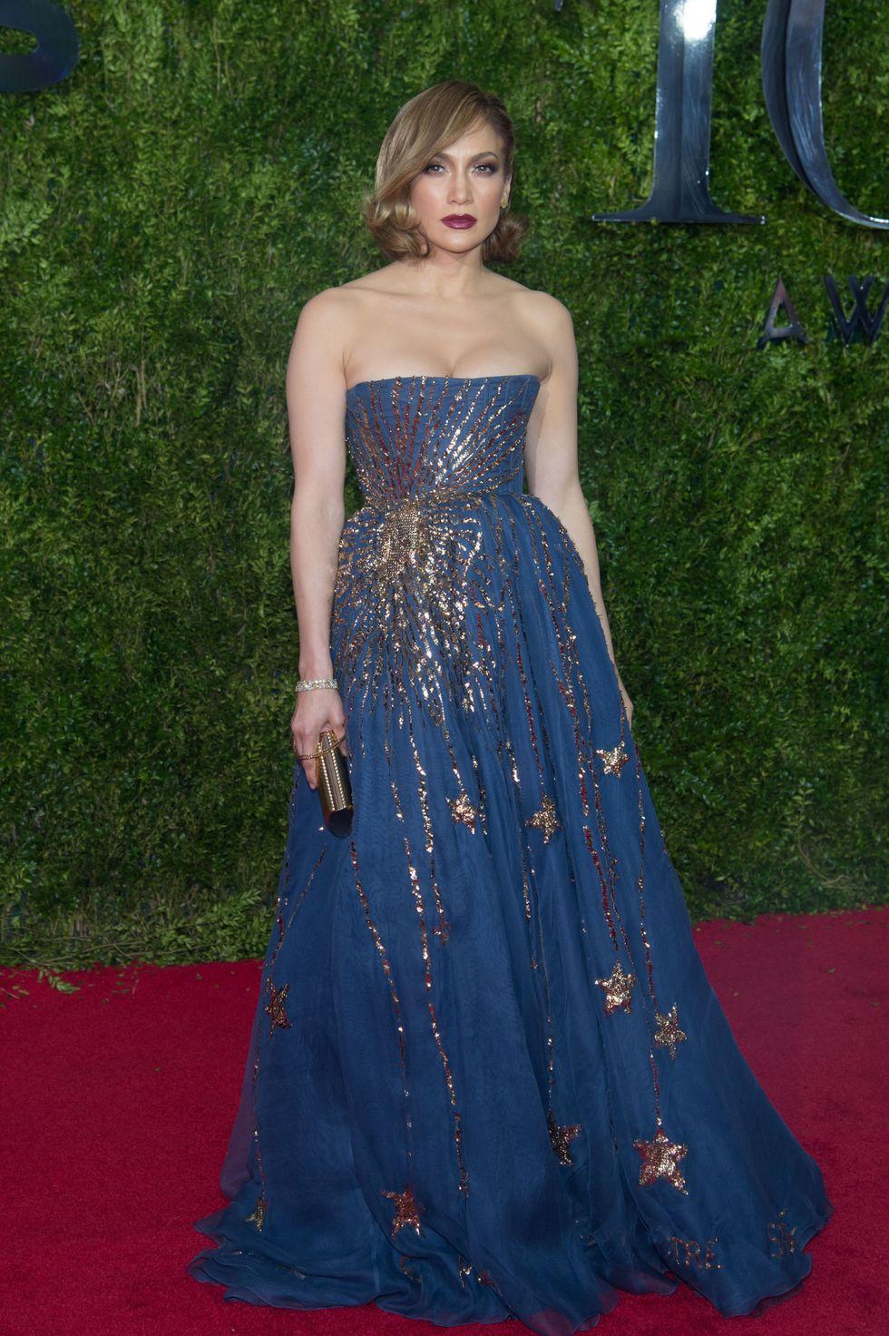 Meseszerű estélyiben a 2015-ös Tony Awards-on