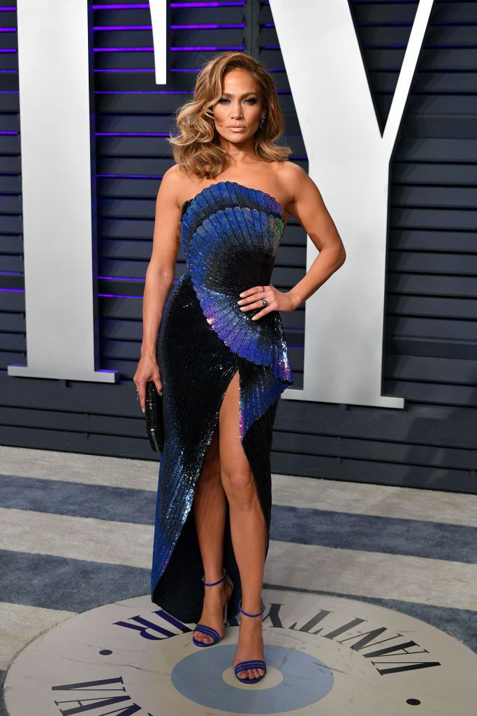 Zuhair Murad ruhában a 2019-es Vanity Fair Oscar after partyn
