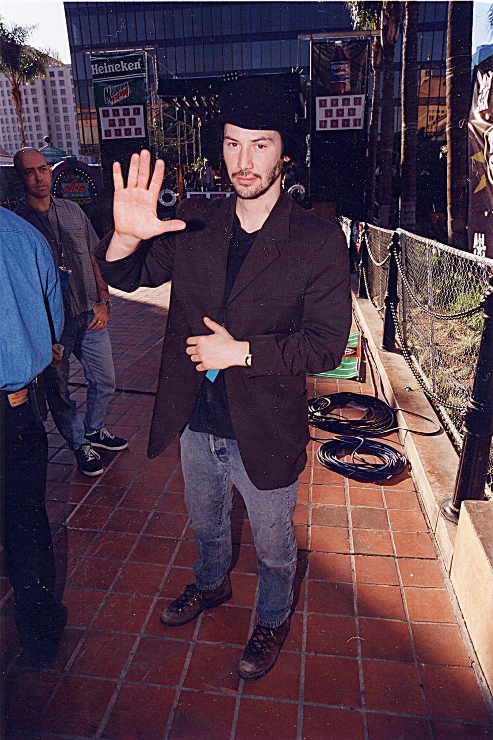 1998-ban