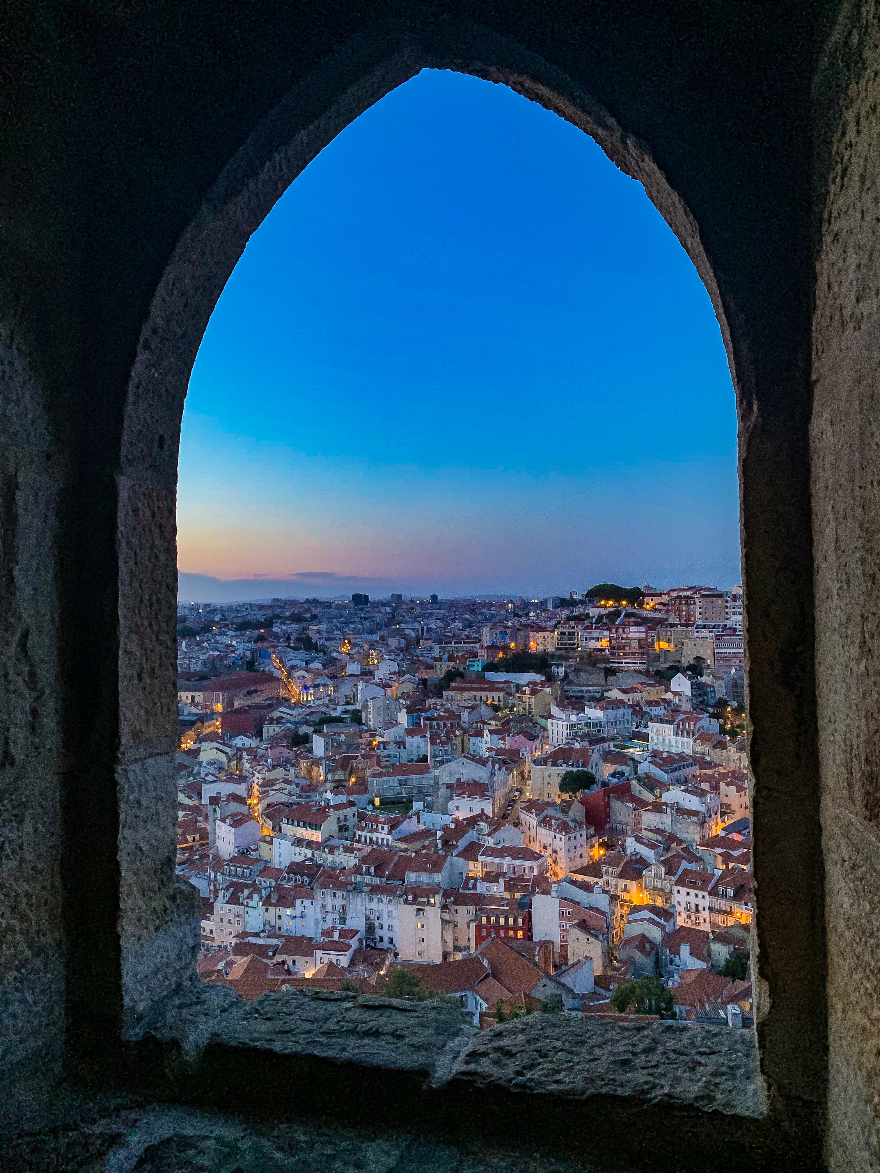 Kilátás a Szent György várból naplementekor