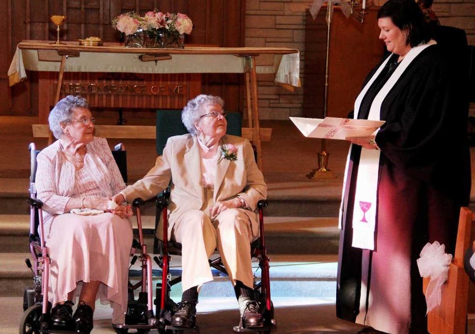 Alice Dubes és Vivian Boyack az egyik leghelyesebb pár, akit valaha láttam – az pedig, hogy 72 év együttlét után vállalkoztak a házasságra, szerintem csodálatos dolog!