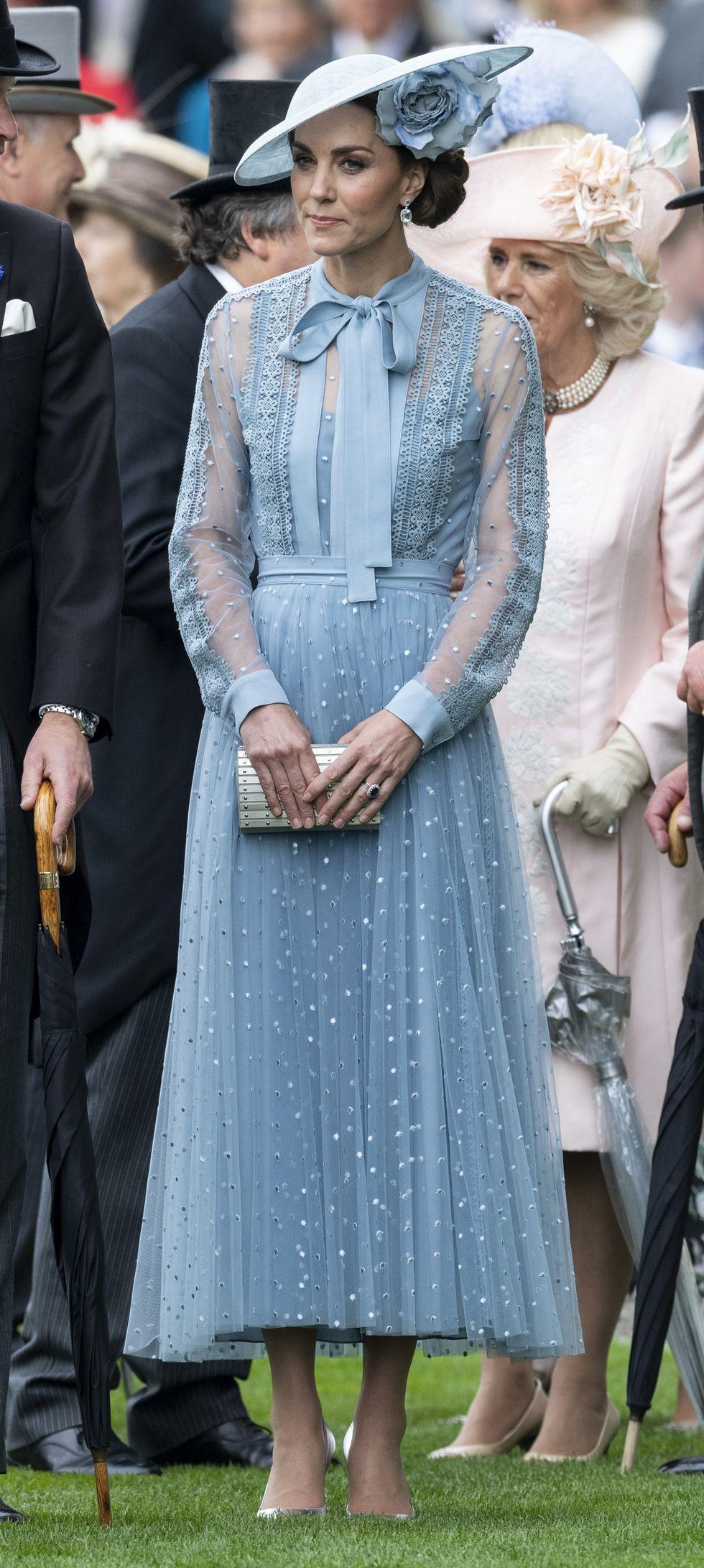 Katalin hercegné és egy könnyű, nyári ruha