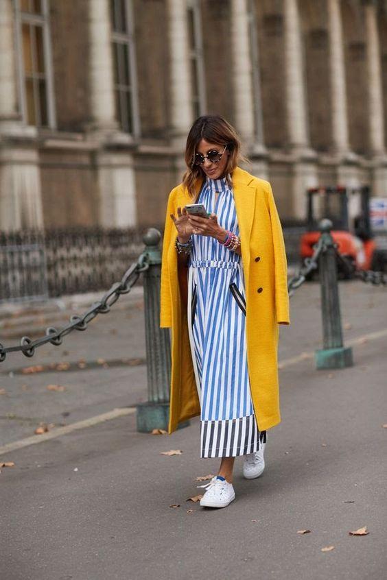 És csíkok sárga hosszú kabáttal - ha hűvösebb az idő sem kell unalmasnak lenni!