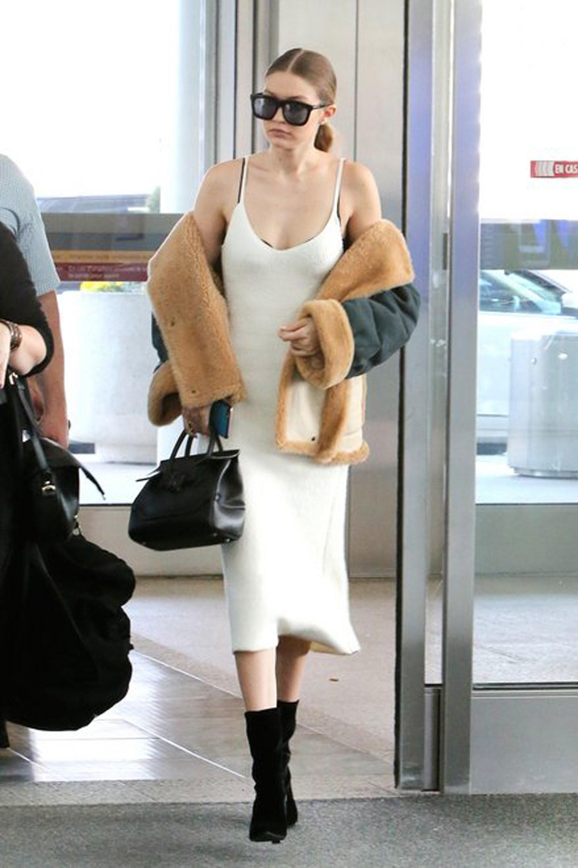 Gigi Hadid szupermodell bundácskával kapta fel