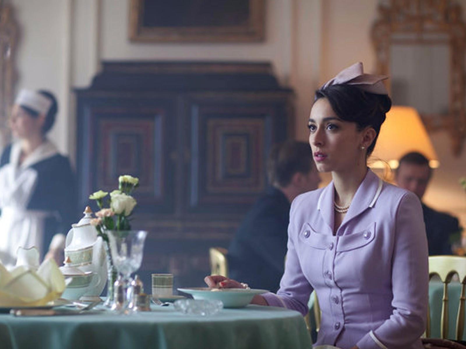 The Hour - A hidegháború idején játszódó angol sorozatban csodás ruhákat láthattok