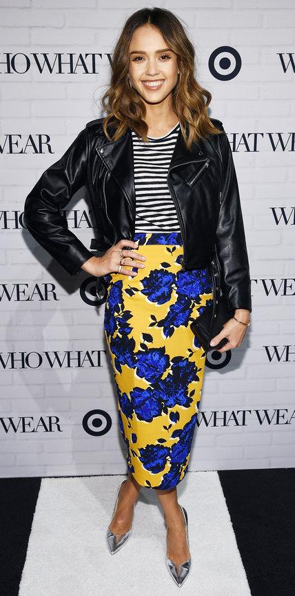Jessica Alba virágos szoknyával viselte