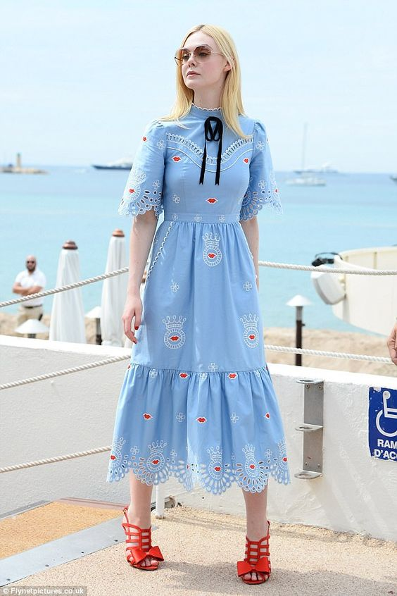 Elle Fanning - Cannes-i Filmfesztivál 2017