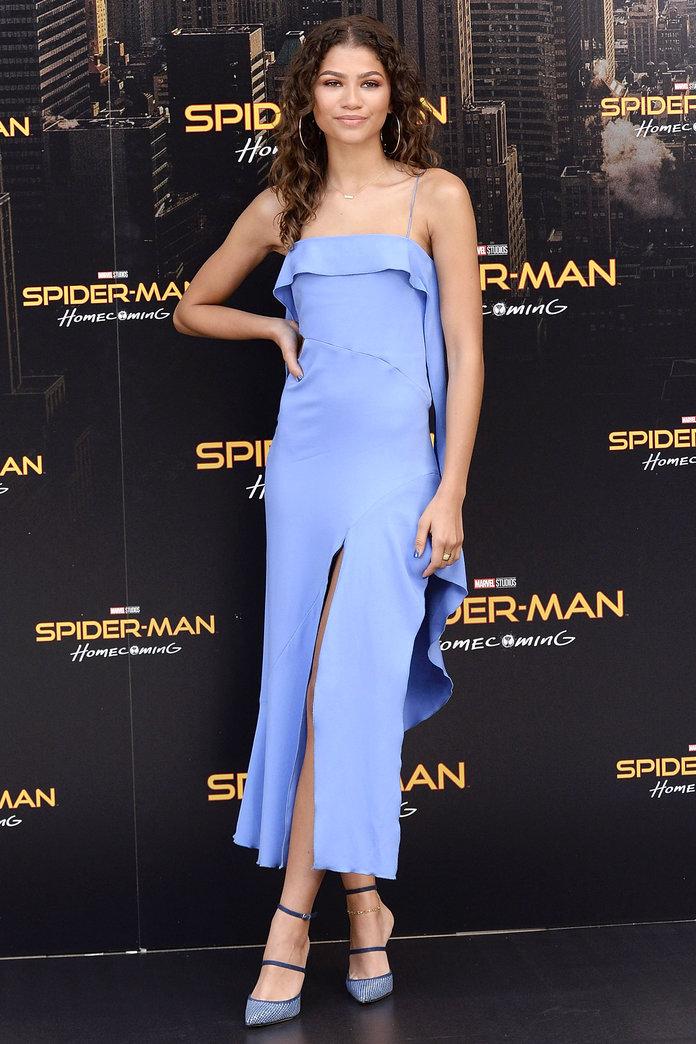 Zendaya (Jonathan Simkhai) - A Pókemeber - Hazatérés madridi bemutatóján