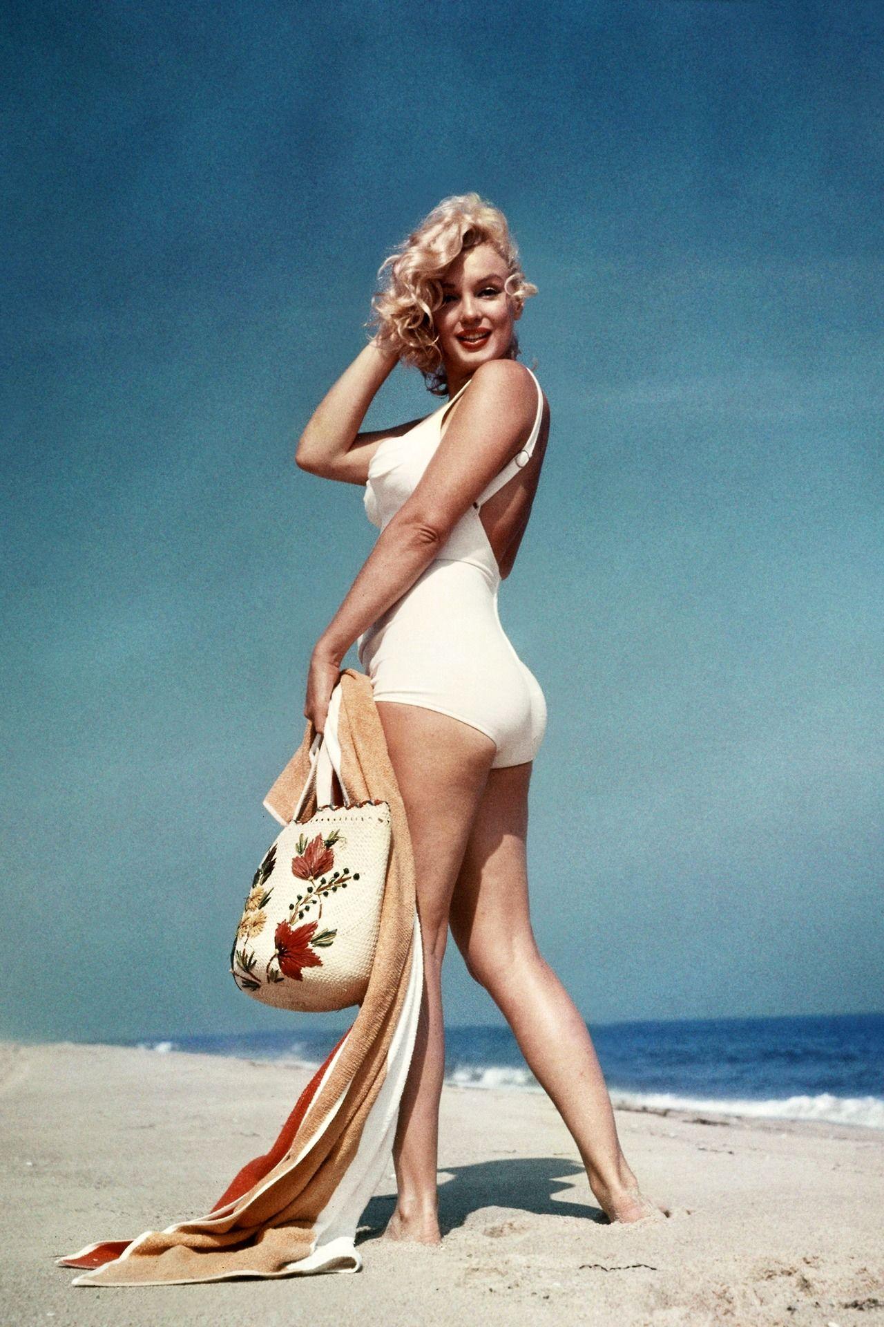 Marilyn Monroe imádta a strandolást, ez Sam Shaw 1958-as képein is látszik