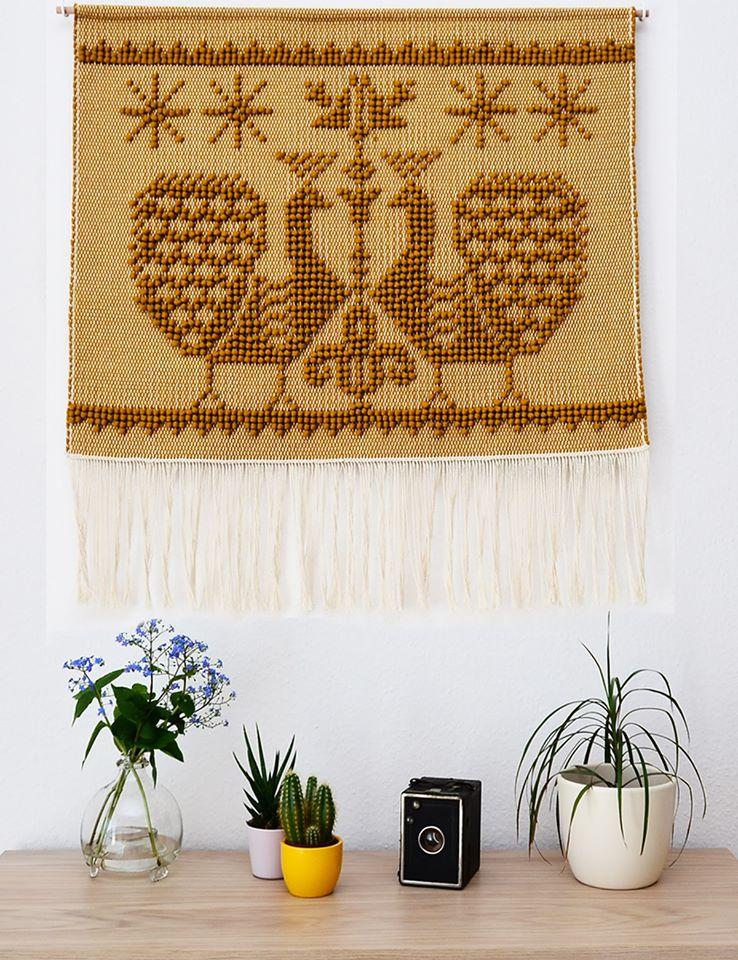 A csodás PAVO falikép a Dreaming Threads-től, a Beregi keresztszemesek pávamotívumaival. <br />@dreamingthreads