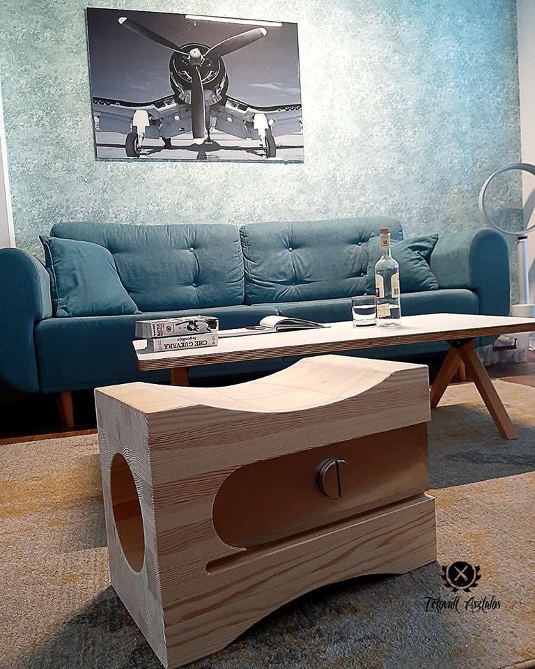 Ha formabontó dizájnt szeretnétek és egyedi gyerekbútorra van szükségetek, akkor itt a Tetovált asztalos! ;) <br />@tetovalt_asztalos<br />