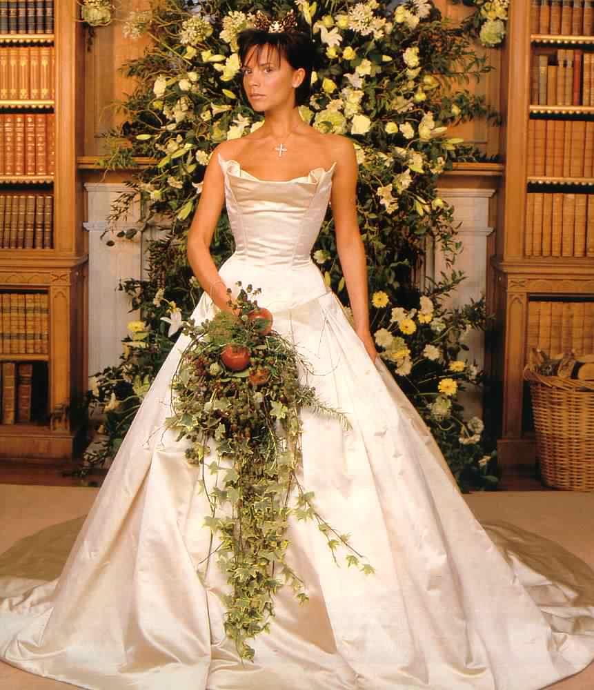 Victoria Beckham ruhája 1999-ből