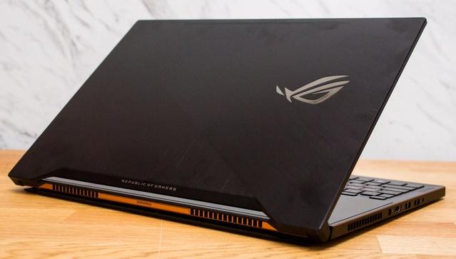 asus rog zephyrus gamer laptop