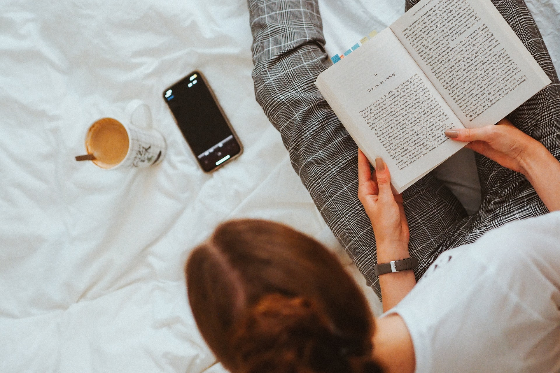 Bookstagram: Könyvolvasásra buzdítanak az influenszerek