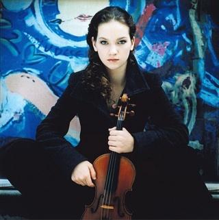 [Hilary Hahn - credit Kasskara (courtesy of Deutsche Grammophon)]