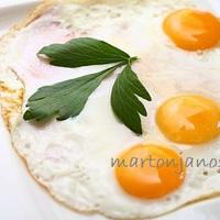 Így készíts Ham and eggs-et!