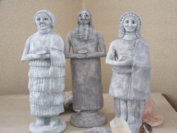 Sumir szobrok.jpg