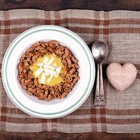 Csicseriborsó-krémes tészta camambert sajttal