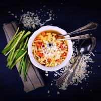 Minestrone leves csigatésztával