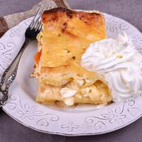 Vaníliás, túrós, barackos lasagne