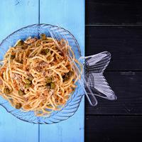 Szardíniás, morzsás spagetti