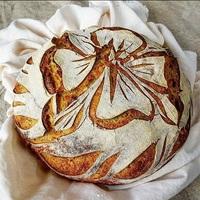 Trend a kenyértartóból: pékáru díszítés