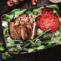Csinál egy Next nyarat? Salátabárt nyitott a McDonald's
