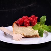 Laktózmentes málnás sajttorta