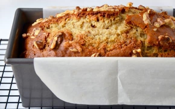 greek-yogurt-banana-bread-580x380_1.jpg