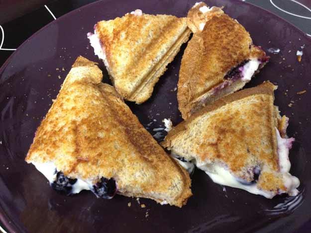 18-mouthwatering-breakfast-recipes-blueberry-breakfast-grilled-sandwich.jpg